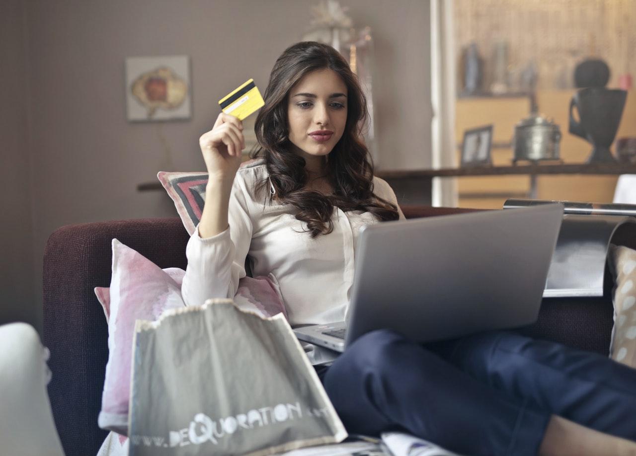 オンラインカジノ 決済 おすすめ